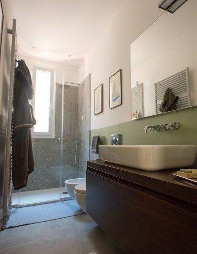 Chelli - Progetti Realizzati - Bagno pavimento e rivestimento ceramica (2)