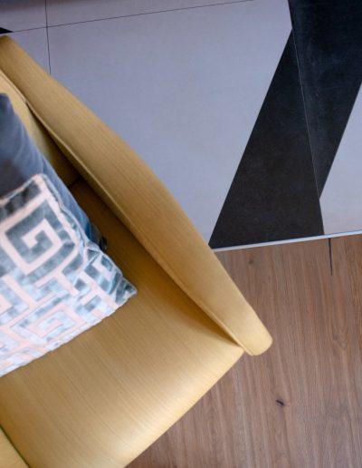 Chelli - Progetti Realizzati - Rovere Piallato e Decoro Ceramica